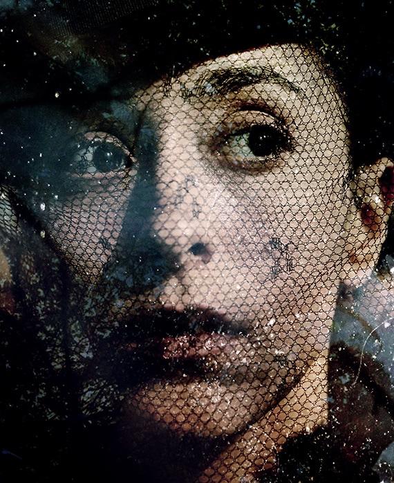 Oona  Chaplin  as Zilpha Geary