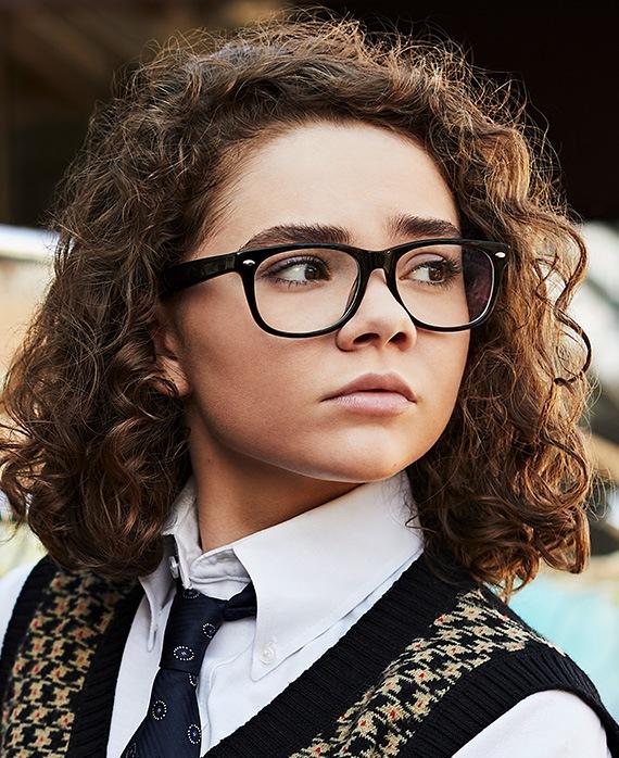 Hannah Alligood as Frankie